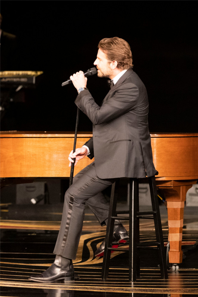 "Bradley Cooper – Performing ""Shallow"", Winner for Best Original Song Antonio Boots"